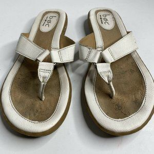 b.o.c Born Concept White Leather Thong Sandals 7M